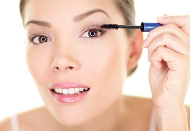 Women's Eyelashes, Women's Tricks. Short Compendium of Beauty Hacks
